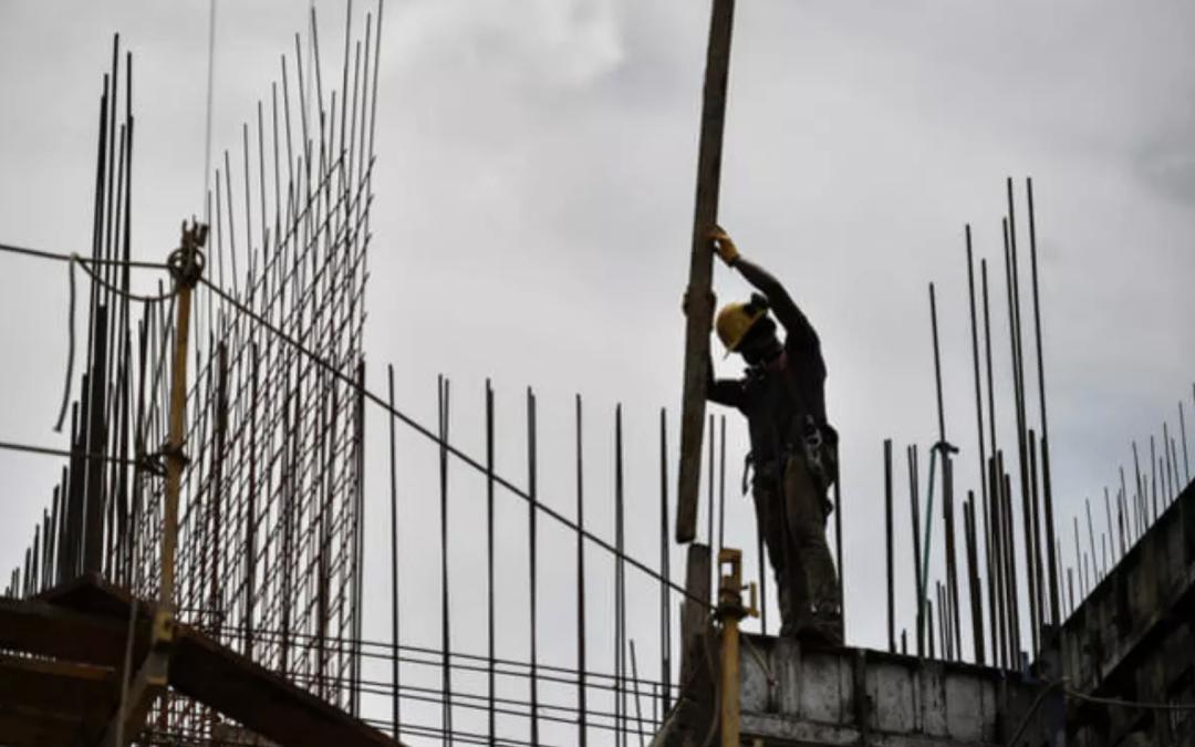 El 70% de obras de construcción que se ejecutan en Antioquia están afectadas por bloqueos: Camacol