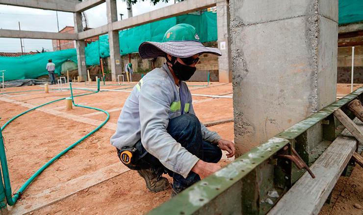 Sector de la construcción tambalea por bloqueos y cierres